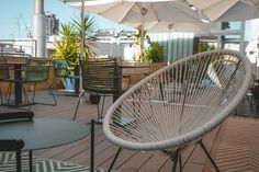 Indoor jungles to increase productivity! Join us in our terrace in Plaça Catalunya for the last rays of summer sunshine! Shared Office, Barcelona City, Increase Productivity, Jungles, Coworking Space, Interior Inspiration, Terrace, Sunshine, Join