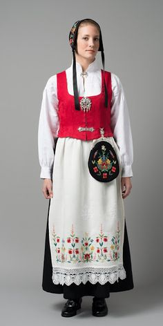 FolkCostume&Embroidery: Overview of Norwegian costume, part 4 The North Folk Fashion, Ethnic Fashion, Traditional Fashion, Traditional Dresses, Norwegian Clothing, Norwegian Vikings, Norwegian Style, Costumes Around The World, Ukraine