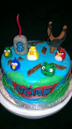 Angry Birds birthday cake