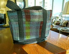 Ravelry: Opiatepix's Night Diving for Plaid Tote Bag (nee Scarf) Diving, Ravelry, Hand Weaving, Mad, Blanket, Tote Bag, Night, Crochet, Weaving