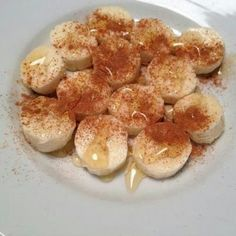 Banana, cinnamon and honey... this tastes so good!  Great snack