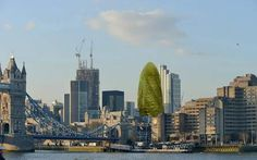 Plans to turn The Gherkin into a gherkin // Plans have been unveiled to inject a dose of fun into London's skyline by transforming The Gherkin into a giant green pickle. London Skyline, New York Skyline, Stunts, San Francisco Skyline, Pickles, Things To Do, Europe, Adventure, How To Plan