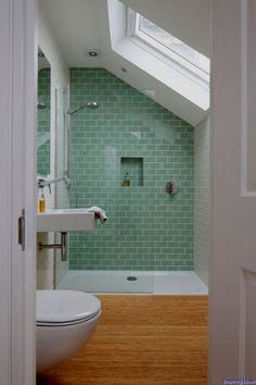 Making Attractive Small Bathroom Shower Designs: Culture Design Small Bathroom Shower ~ Bathroom Inspiration Loft Bathroom, Upstairs Bathrooms, Relaxing Bathroom, Small Attic Bathroom, Attic Shower, Budget Bathroom, Simple Bathroom, Small Wet Room, Loft Ensuite