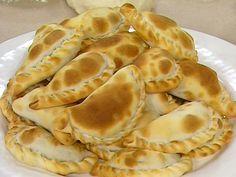 Aprende a preparar esta receta de Empanadas de la abuela, por Narda Lepes en elgourmet