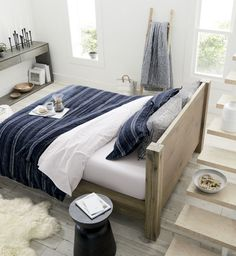 Nagano Seersucker Bedding: navy blue with white pinstripes, the duvet cover and sham celebrate the distinct characteristics of cotton and linen in a textural weave that resembles seersucker Bedding Sets Online, King Bedding Sets, Luxury Bedding Sets, Grey Bedding, Linen Bedding, Bed Linens, Kohls Bedding, King Comforter, Comforter Sets