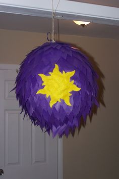 "DIY ""Tangled"" Pinata"