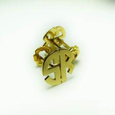 SR  Gemelos Personalizados en plata con baño de oro 18k. El regalo que andabas buscando para papá! #hechoamanord #sterlingsilver #goldplated #cufflinks #daddy #menaccessories #mensfashion