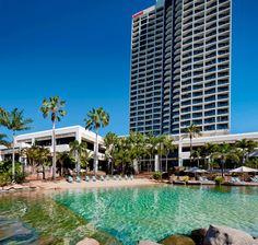 Nadar con peces tropicales es una experiecia única en nuestro Surfers Paradise Marriott Resort & Spa. #Australia