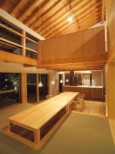 奈良県北葛城郡 S様邸- - 木造住宅の「柔らかさ」と自然素材の「優しさ」を伝えたい*木の家の事なら*大阪市東住吉区の市川工務店 Japanese Modern House, Japanese Interior Design, Tiny House Design, Dream Decor, Minimalist Home, Ideal Home, House Plans, New Homes, Haircut Styles