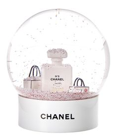 Chanel New Limited Edition White Snowglobe' In Multiple Colors Coco Chanel, Chanel Art, Chanel News, Christmas Room, Pink Christmas, Water Globes, Snow Globes, Mode Poster, Chanel Wallpapers