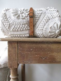 "New Cheap Bags. The location where building and construction meets style, beaded crochet is the act of using beads to decorate crocheted products. ""Crochet"" is derived fro Crochet Afghans, Knit Crochet, Crochet Patterns, Crochet Clutch, Crochet Pillow, Crochet Bags, Crochet Blankets, Ideias Diy, Textiles"