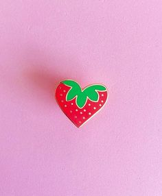 STRAWBERRY HEART Enamel Pin