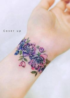 Delightful Flower Wrist Band Tattoo Designs for Girls Wrist Band Tattoo, Flower Wrist Tattoos, Tattoo Bracelet, Tattoo Flowers, Flower Bracelet, Peonies Tattoo, Band Tattoo Designs, Tattoo Designs For Girls, Girls With Sleeve Tattoos