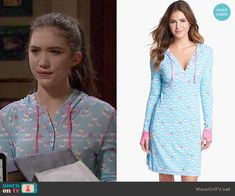 Riley's blue printed sleep shirt on Girl Meets World.  Outfit Details: http://wornontv.net/51842/ #GirlMeetsWorld