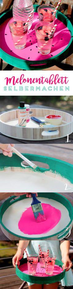 Der Sommer ist da! Um deinen Gästen die Getränke auf einem ganz besonderem Tablett zu servieren, empfehle ich dieses DIY. Dieses Melonentablett ist super schnell nachzumachen und sieht toll aus!