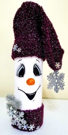 Snowman Schneemann Weinflasche malen Acne - An Introduction Acne is the most common skin disorder. Snowman Christmas Decorations, Snowman Crafts, Christmas Wood, Holiday Crafts, Christmas Ornaments, Wine Bottle Crafts, Mason Jar Crafts, Painted Wine Bottles, Creations
