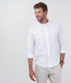 Camisa masculina     Manga longa    Gola padre    Modelo bata    Marca: Marfinno    Tecido: voal    Modelo veste tamanho: M             COLEÇÃO VERÃO 2016             Veja mais opções de   camisas masculinas.