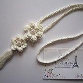 お花とタッセルのネックレス