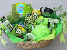 Color themed Gift Basket. Really cute idea