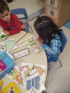 La maternelle de Francesca: Nos petits ateliers #4 Numeracy, Kindergarten Math, Fun Math, Kids Learning, Classroom, Voici, Homeschooling, Inspiration, Numbers