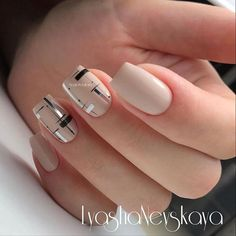 Nageldesign 21 Easy Nail Designs For Short Nails You Should Try Right Now Short Nail Designs, Simple Nail Designs, Nail Art Designs, Latest Nail Designs, Latest Nail Art, Nails Design, Beautiful Nail Art, Gorgeous Nails, Stylish Nails