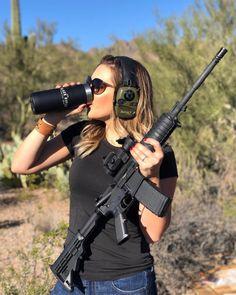 колбаса была фото девушек с оружием без одежды такими девчонками, так