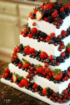 Berry Wedding Cake - Simple four tier cake with amaretto buttercream and very tasty berries all around! wedding cakes cakes elegant cakes rustic cakes simple cakes unique cakes with flowers Berry Wedding Cake, Summer Wedding Cakes, Square Wedding Cakes, Summer Weddings, Cupcake Wedding, Summer Cakes, Wedding Desserts, Pretty Cakes, Beautiful Cakes