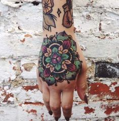 Women with hand tattoos are bold and unafraid to hold back and hide. Check out this awesome gallery of feminine hand tattoos. Colorful Mandala Tattoo, Mandala Hand Tattoos, Flower Mandala, Dragonfly Tattoo, Geometric Flower, Chest Tattoo, Arm Tattoo, Body Art Tattoos, Tattoo Hand