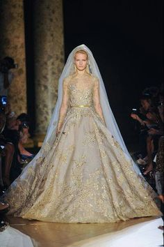 haute couture collection Autumn / Winter 2012-2013 of Elie Saab