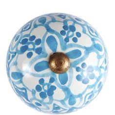 Porzellan Möbelknöpfe http://www.butlers.de/open-m%C3%B6belknopf-%C3%B83%2C75cm-hellblau/10200321.html?prefn1=color&start=23&q=m%C3%B6belknopf&prefv1=wei%C3%9F%7Cblau