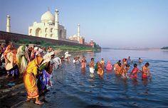 Holy bathers in Yamuna River near Taj Mahal, Agra, India (© Massimo Images) North India Tour, Travel News, Agra, India Travel, Incredible India, Back Home, Taj Mahal, Travel Destinations, Tourism