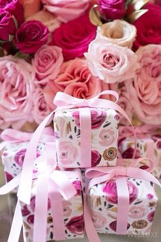 rosecottage.quenalbertini: Pink roses and gifts | Ana Rosa