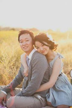 Dreamy on a field engagement shoot by floataway studios
