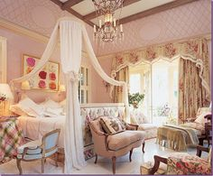 The fantasy bedroom most girls dream about as a little girl.....