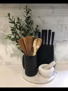 More About New Kitchen Countertops Kitchen Decor Sets, Kitchen Styling, Decorating Kitchen Counters, Kitchen Themes, First Apartment Decorating, Interior Decorating, Decorating Ideas, Decor Ideas, Küchen Design