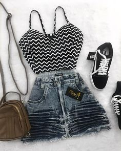 Teen Fashion Outfits, Mom Outfits, Cute Fashion, Look Fashion, Outfits For Teens, Trendy Outfits, Cute Outfits, Womens Fashion, Mode Rockabilly