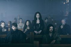#Salem: Mary descobre espião do ritual de bruxas