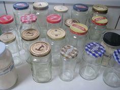 Mason Jars, Bottles And Jars, Mason Jar Crafts, Glass Jars, Pickle Jar Crafts, Cleaning Recipes, Diy Cleaning Products, Cleaning Hacks, Cleaning Solutions