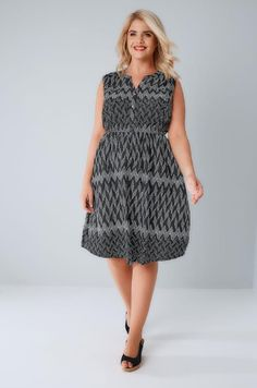 1bd1f278 Black & White Zig Zag Button Detail Dress With Elasticated Waistband plus  size 16 to 36