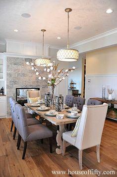 Rustic glam dining room table rustic chic dining room interior design home decor ideas . Elegant Dining Room, Dining Room Design, Dining Room Table, Dining Rooms, Dining Area, Dining Chairs, Home Interior, Interior Decorating, Interior Design