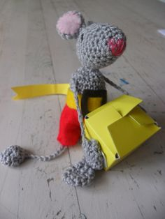 Crochet mouse as a class treat: http://nicoledeboer.punt.nl