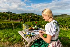 Die wichtigste Sache in der Steiermark: Essen & Trinken. Picnic Blanket, Outdoor Blanket, Kanken Backpack, Austria, Picnic Quilt