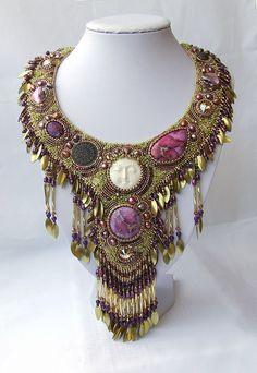 Exquiste Anthropologie Harlem Lock Rhinestone Gold Drop Necklace