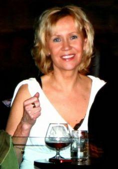 Agnetha  20051208 Club plaza stockholm