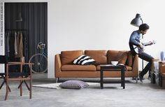 Grâce à quelques bons meubles, vous aurez de longues années devant vous. Les matières durables telles que le cuir s'embellissent avec le temps.