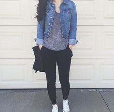 Great mix of cute and comfy - Casual summer outfits - Source by casual outfits Simple Outfits, Trendy Outfits, Fall Outfits, Cute Outfits, Fashion Outfits, Casual Summer Outfits With Jeans, Jogger Pants Outfit, Leather Pants Outfit, Black Joggers Outfit