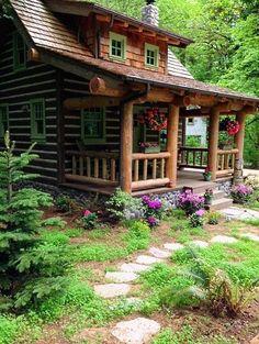 Log Cabin Living, Log Cabin Homes, Tiny Log Cabins, Small Log Homes, Rustic Cabins, Small Log Cabin Plans, Log Cabin Kits, Log Home Interiors, Log Cabin Furniture