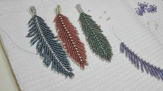 Seed Bead Bracelets, Seed Bead Earrings, Seed Bead Patterns, Beading Patterns, Beaded Brooch, Beaded Jewelry, Seed Bead Crafts, Beads And Wire, Beading Tutorials