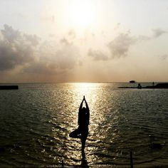 """Fountain of youth  #kepulauanseribu #yogapose #shilouette"""