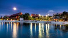 Disney's Polynesian - An Evening at the Beach
